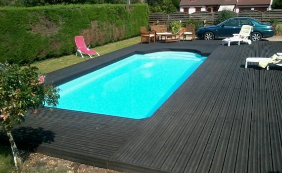 plage de piscine en douglas
